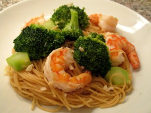 Spaghetti agli e olio with shrimp and broccoli