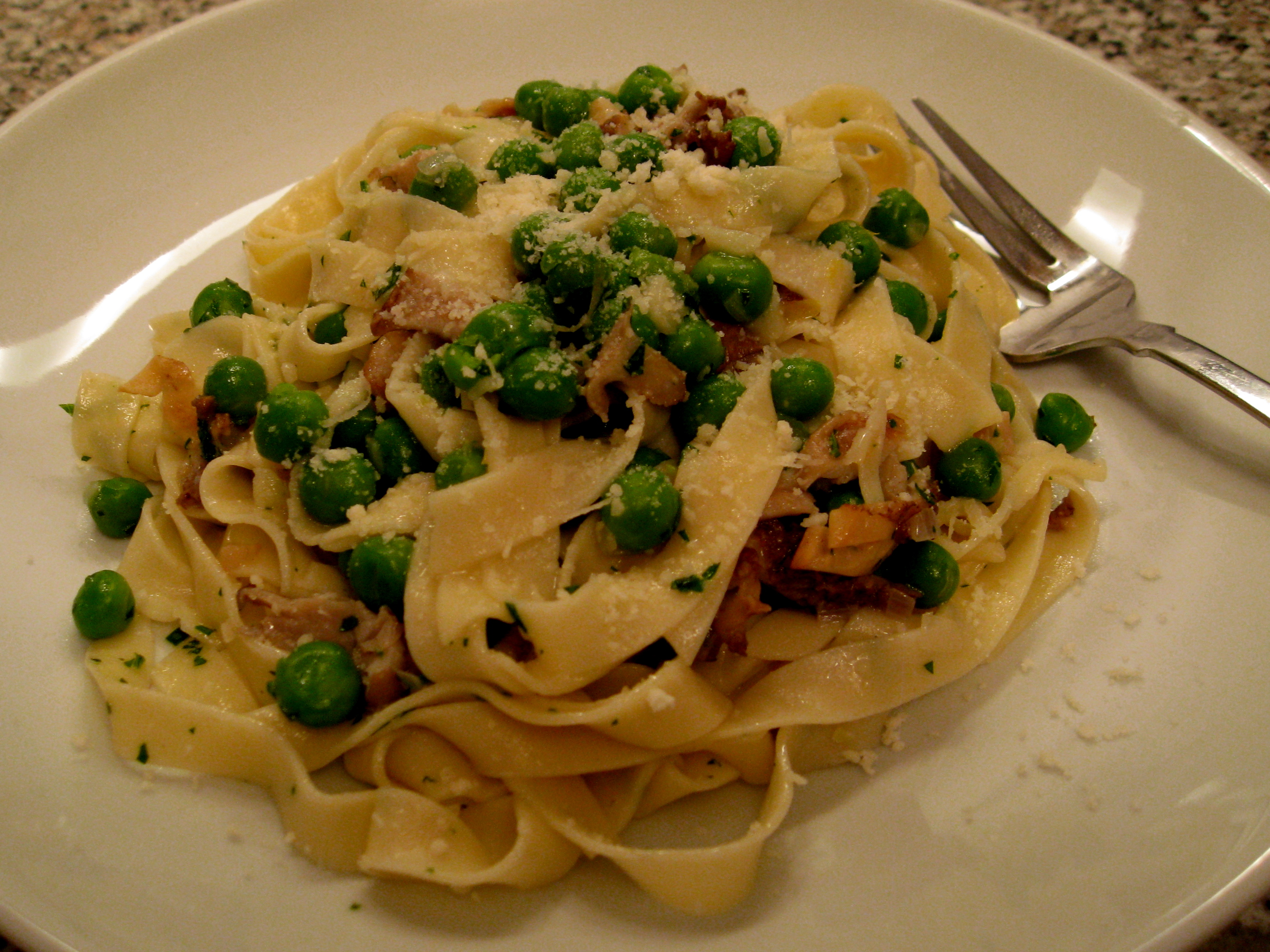 Hedgehog mushroom pasta recipes