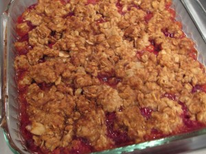 Cherry crumble: baked