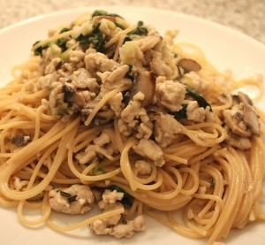 Almost Cream Sauce Spaghetti with Ground Turkey, Mushrooms & Spinach