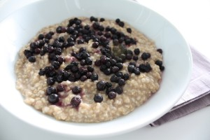 Maple-Cinnamon Oatmeal with Blueberries